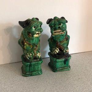Vintage ceramic Foo Dog figurines - green ceramic